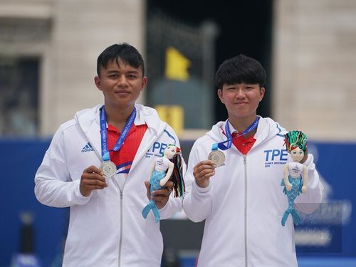 Chen Chieh-lun (left) and Chen Yi-hsuan/Image taken from facebook.com/CTUSFSSU