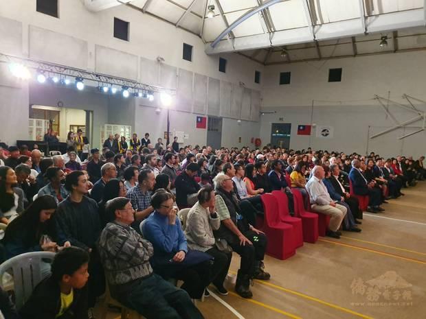 現場參與人數眾多,座無虛席。