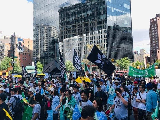 由大紐約區臺灣人社團聯合會、大紐約區臺灣同鄉會、「Keep Taiwan Free」(守護臺灣自由)等臺美人社團舉辦的「臺灣加入聯合國大遊行」於7日盛大舉行,超過五百位民眾熱情參與