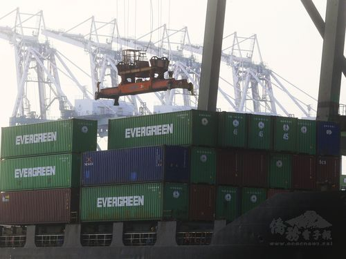 Taiwan real export growth tops 2% in 1st 9 months of year