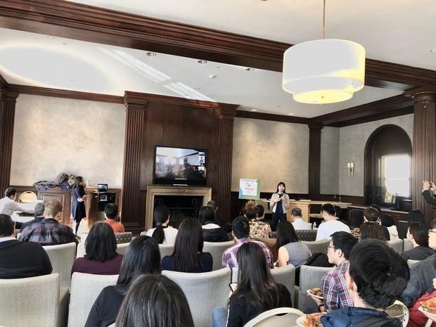 波士頓僑學政界50餘人在哈佛醫學院參加臺灣防疫成果說明會,與臺灣醫療界專家學者連線座談。