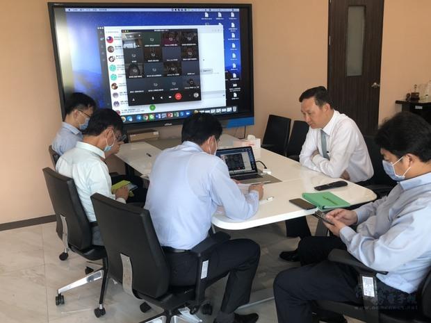 泰國僑胞疫情聯合應變小組 整合資源降低衝擊