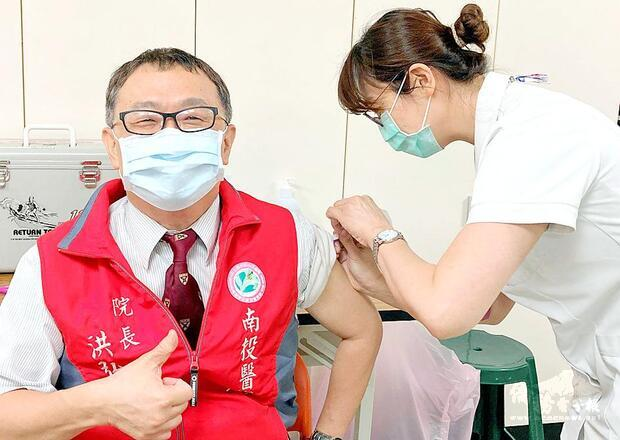 Deaths not caused by flu vaccination: CDC experts