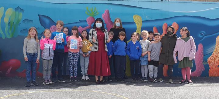 愛爾蘭臺灣協會會長捐贈覓秘客進口之臺製兒童口罩
