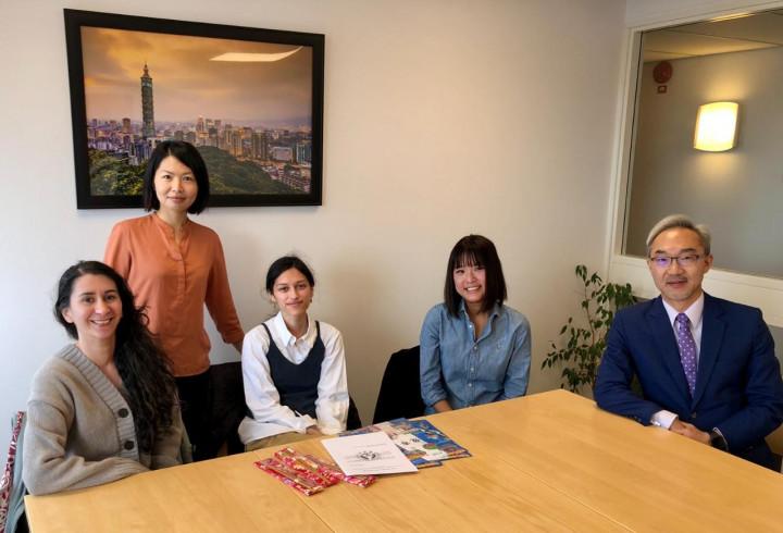 與台灣獎學金跟華語文獎學金受奬生會面 姚金祥給予鼓勵和祝福