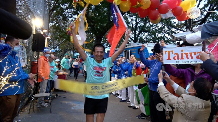 Taiwan's Lo finishes second in world's longest road race