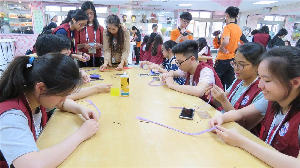 Compatriot Youth from the Philippines experienced Vocational Training Courses offered by Schools in Taiwan