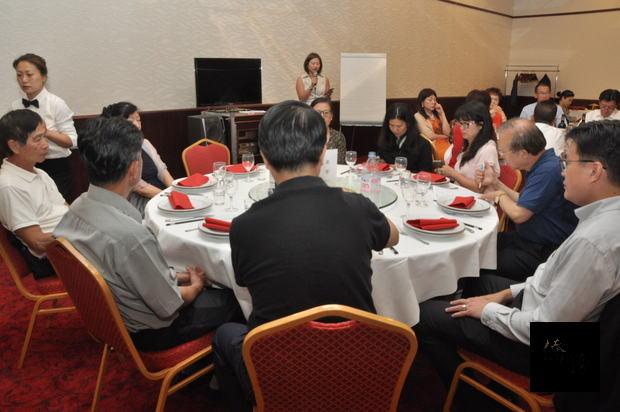 會長蕭梅杏報告任內推動會務發展情形及財務概況。