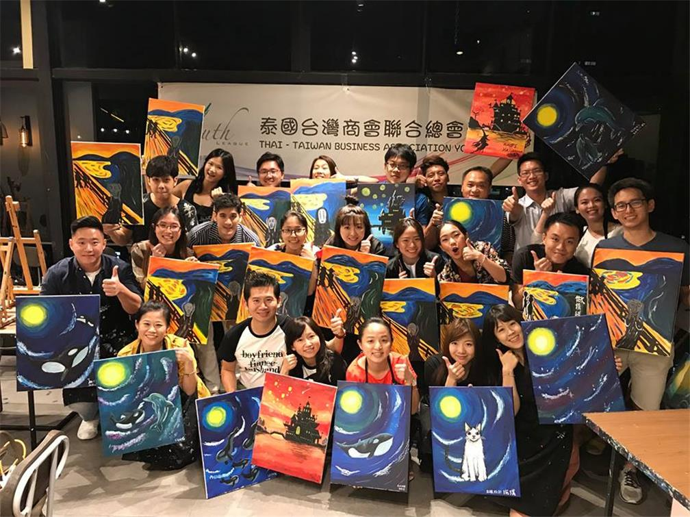 "Thai-Taiwan Business Association Youth League Holds the ""I Am an Artist"" Indoor Painting Activity"