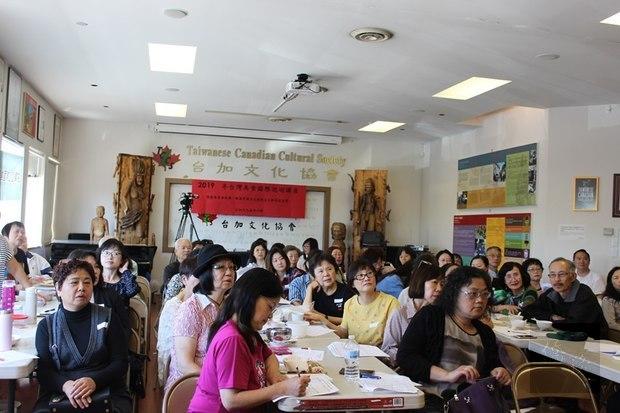 現場鄉親讚聲不絕,深刻感受了到臺式料理的濃濃家鄉味。